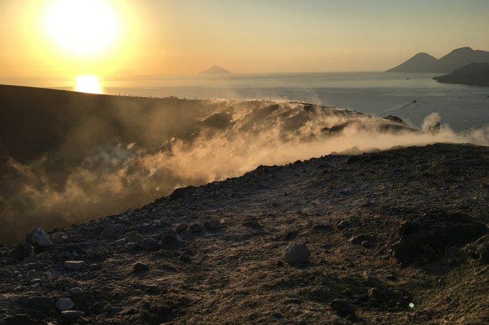 Trekking Eolie tra vulcani e vette